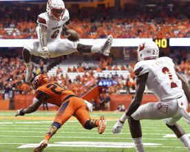 Video: Lamar Jackson Jumps Over Syracuse Defender For Touchdown